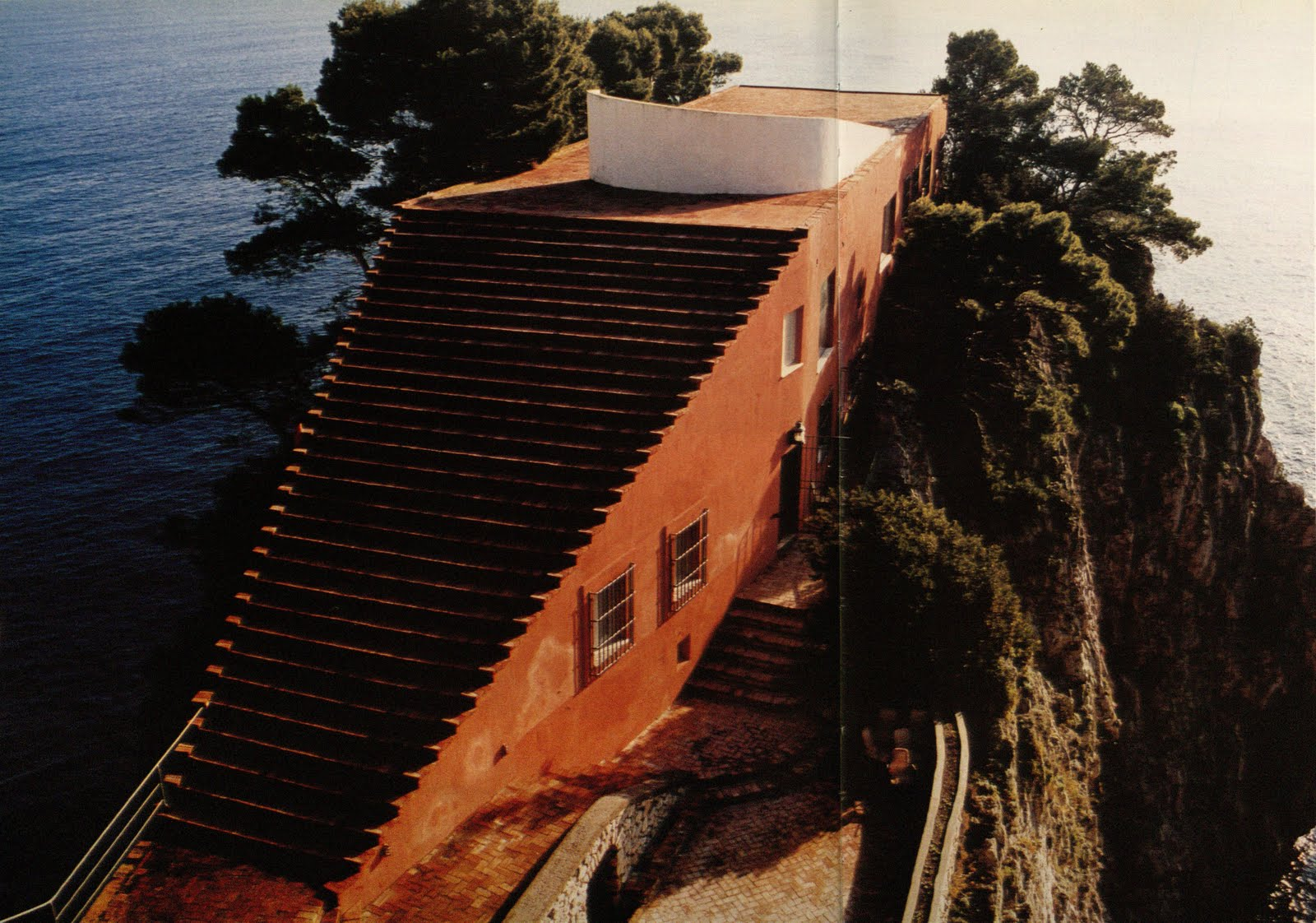 modern like me the casa malaparte essay Find great deals for malaparte : a house like me by michael and writers to unlock the meanings and mysteries behind casa malaparte provocative essays.