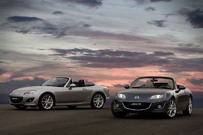 Mazda Roadsters desktop wallpaper