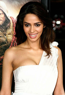 Mallika Sherawat to star opposite Laz Alonso