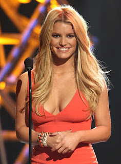 Jessica Simpson to design watches
