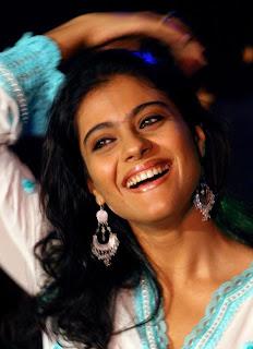 Kajol felicitated by Lata Mangeshkar