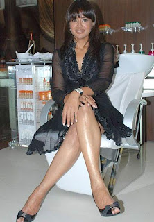 Sexy Siren Sameera Reddy launches Psalm23 - the lounge salon