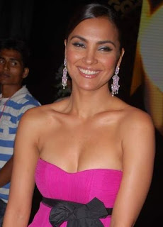 Lara Dutta roped in for Don 2