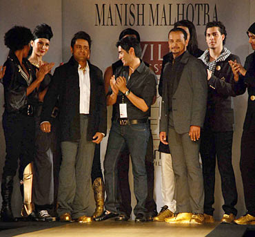 Manish Malhotra Show for Knight Riders at WLIFW