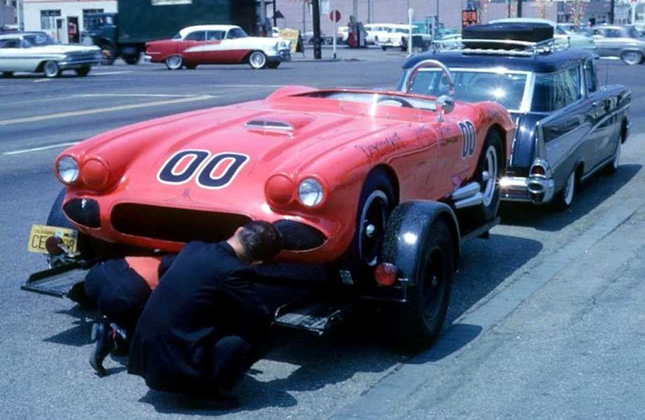 Cool Car Guy Garage