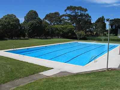 Pezinhosdecinderela11 Pool Swimming