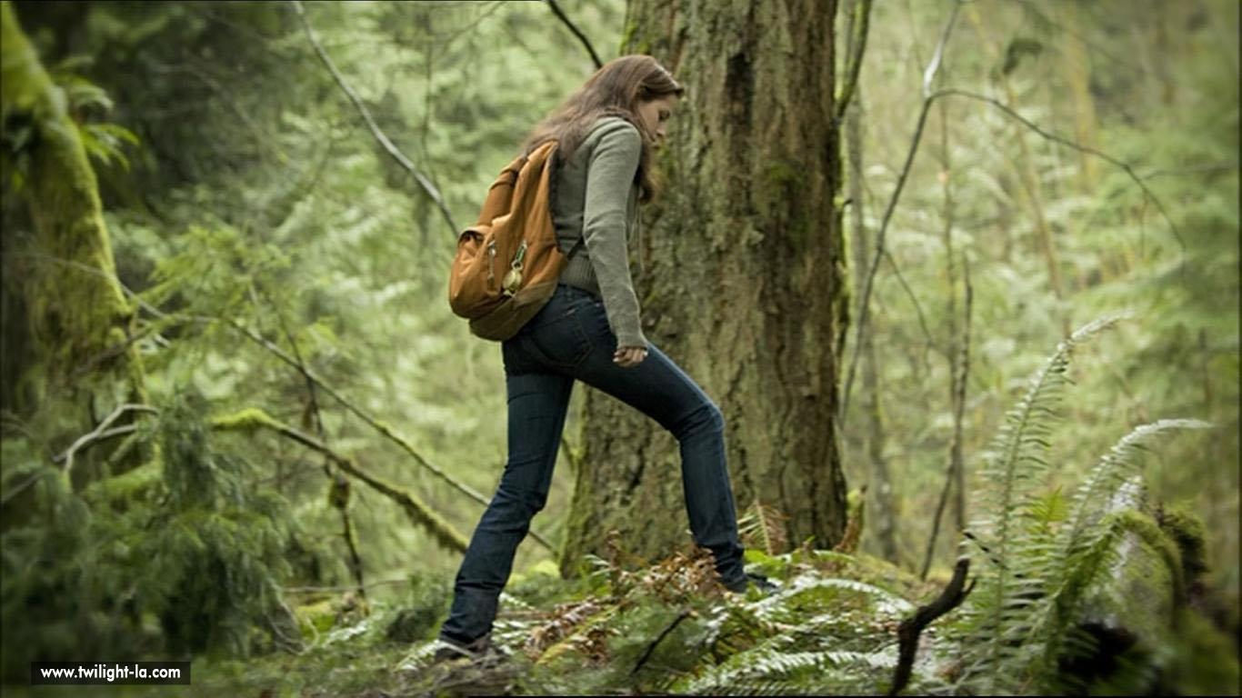 Bella dans la forêt dans tentation