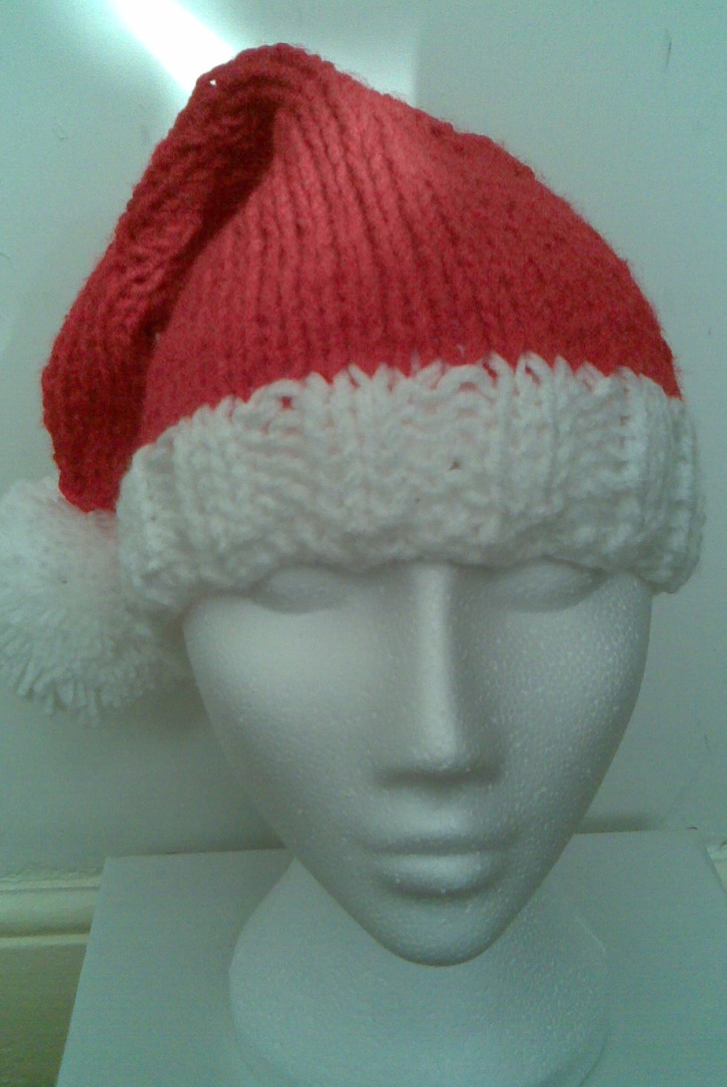 Knit Santa Hat Pattern : Musings of a knit-a-holic from Wales: Knitting Pattern: Santa hat