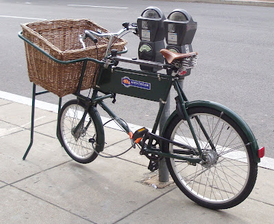 basket cargo bike bicycle hauling working