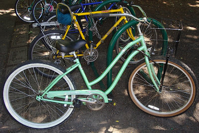 Cruiser Bikes Eugene Oregon sea foam cruiser