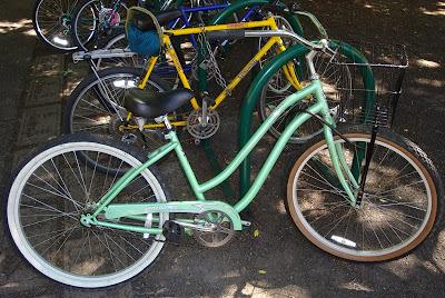 Cruiser Bikes Eugene Oregon sea foam cruiser