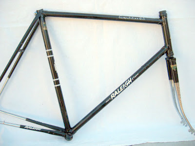 Raleigh Competition frame in black