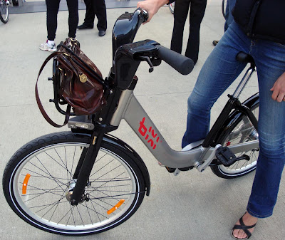 Bixi bike basket