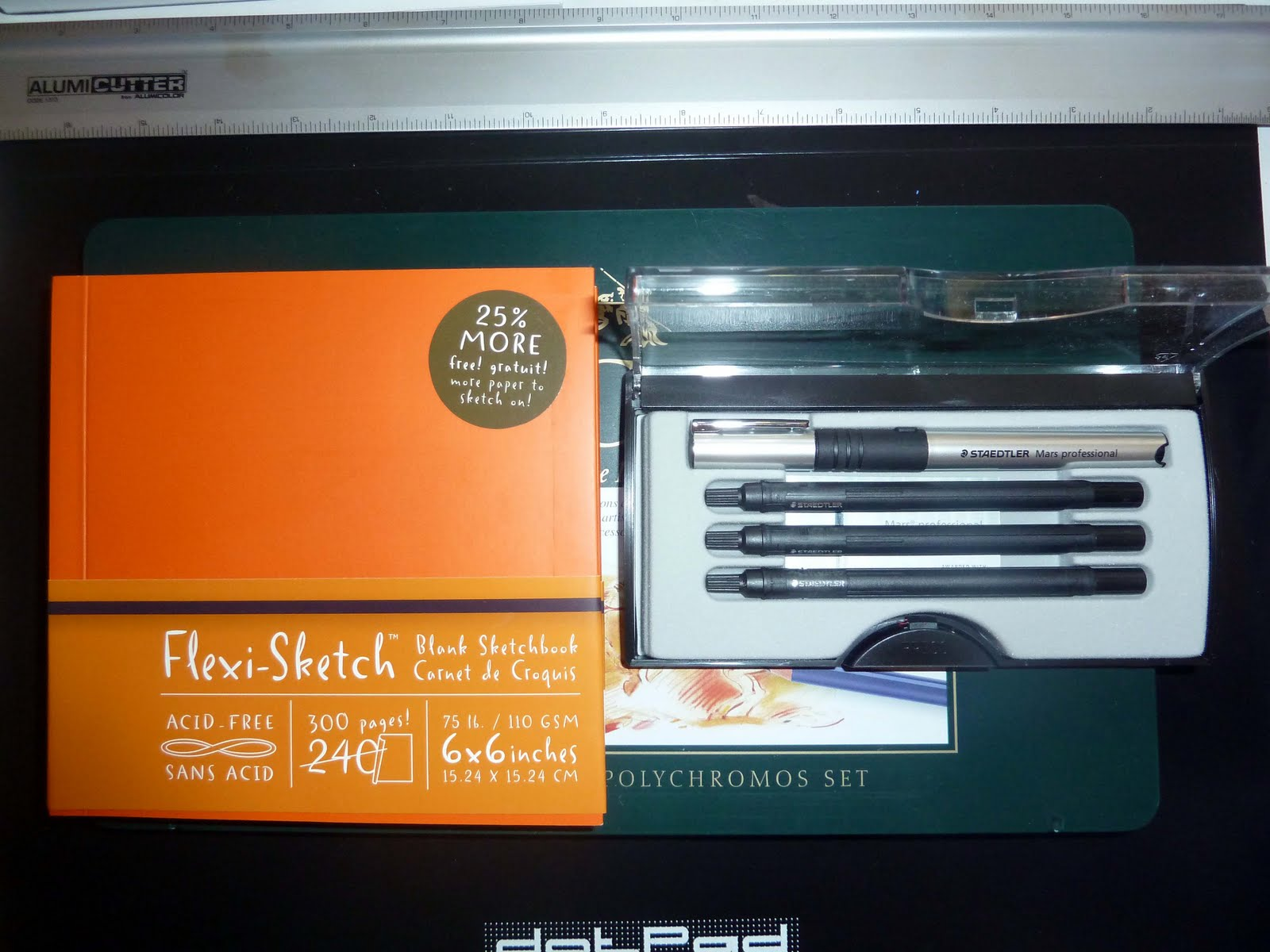 Review of global art flexi sketch blank sketchbook by handbook picked up this 6x6 orange global art flexi sketch blank sketchbook by handbook journal co a while ago rounding up a blicks order and finally got around fandeluxe Image collections