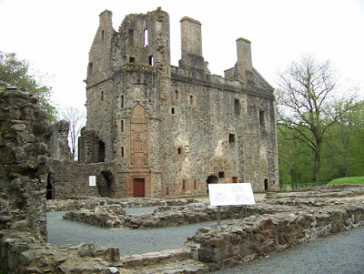 Classifying the castles of Scotland