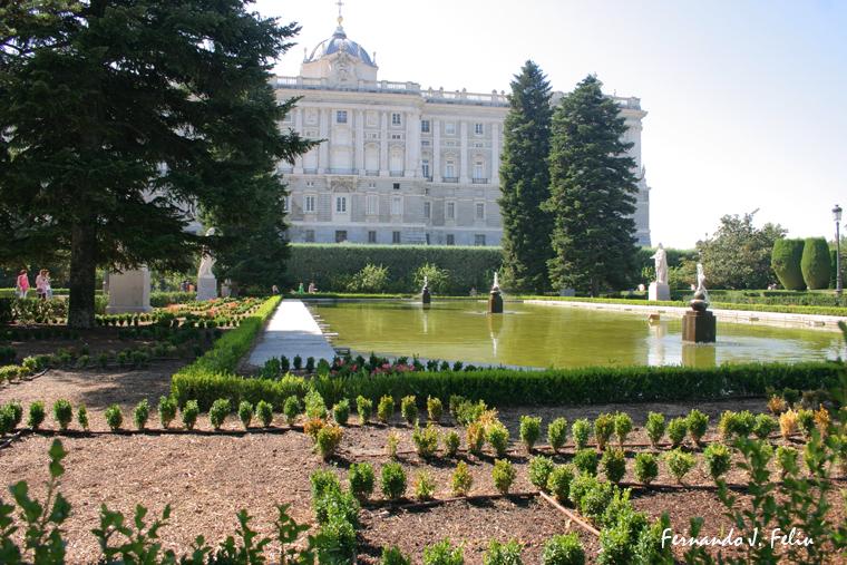 Naturaleza y medio rural jardines de sabatini madrid for Jardines de madrid