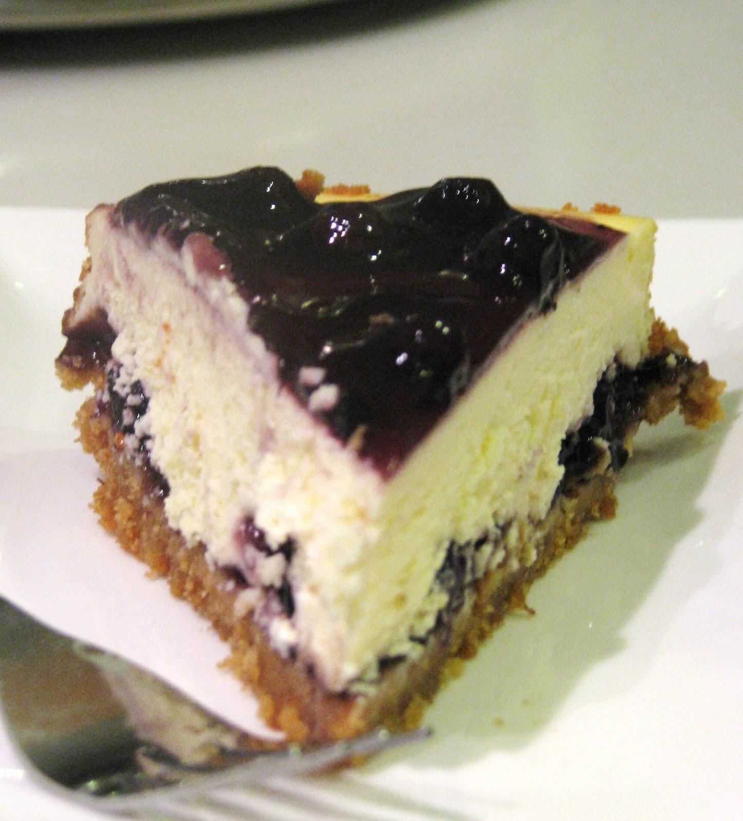 Blueberry Cheesecake - RM65 per cake