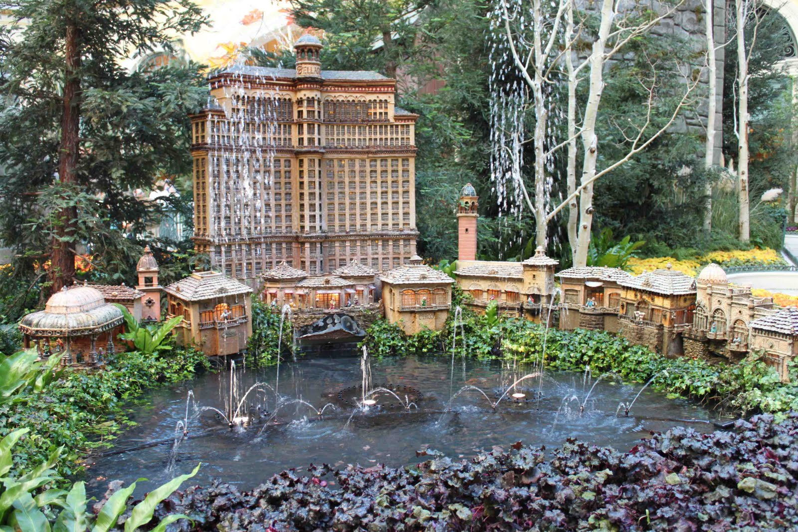 The Jewel Of The Strip Bellagio Botanical Gardens