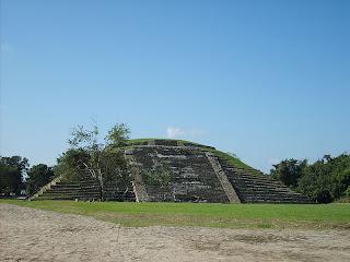 piramide en el tajin veracruz