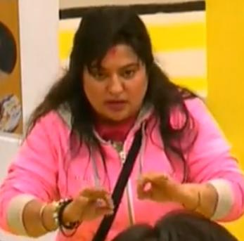 Dolly, Sameer fight, thrown out of Bigg Boss!