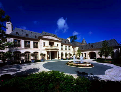 """""""Le Grand Reve"""" Mansion on the Market"""
