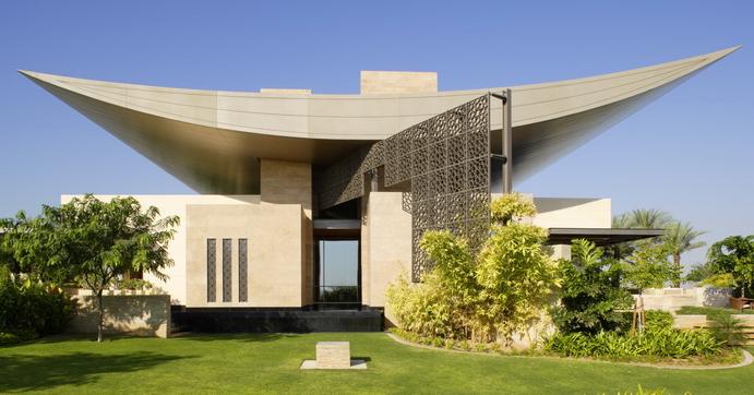 Helal new moon residence a dubai mega mansion homes of for Dubai luxury homes photos