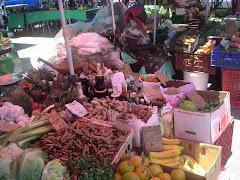 GUAD. 4 Mercado en Pointe a Pitre.JPG