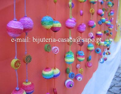 Colares coloridos