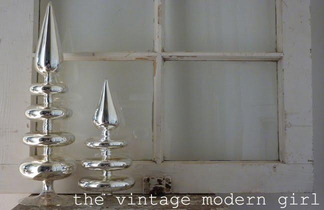 Vintage Modern Girl