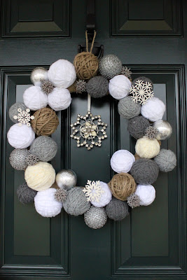 Two Junk Girls - Snowball Wreath