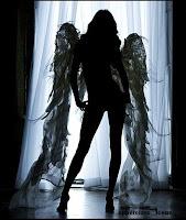 """**""""AHORA SOY ANGEL, PERO PRONTO SERE PRINCESA PERFECTA""""**"""