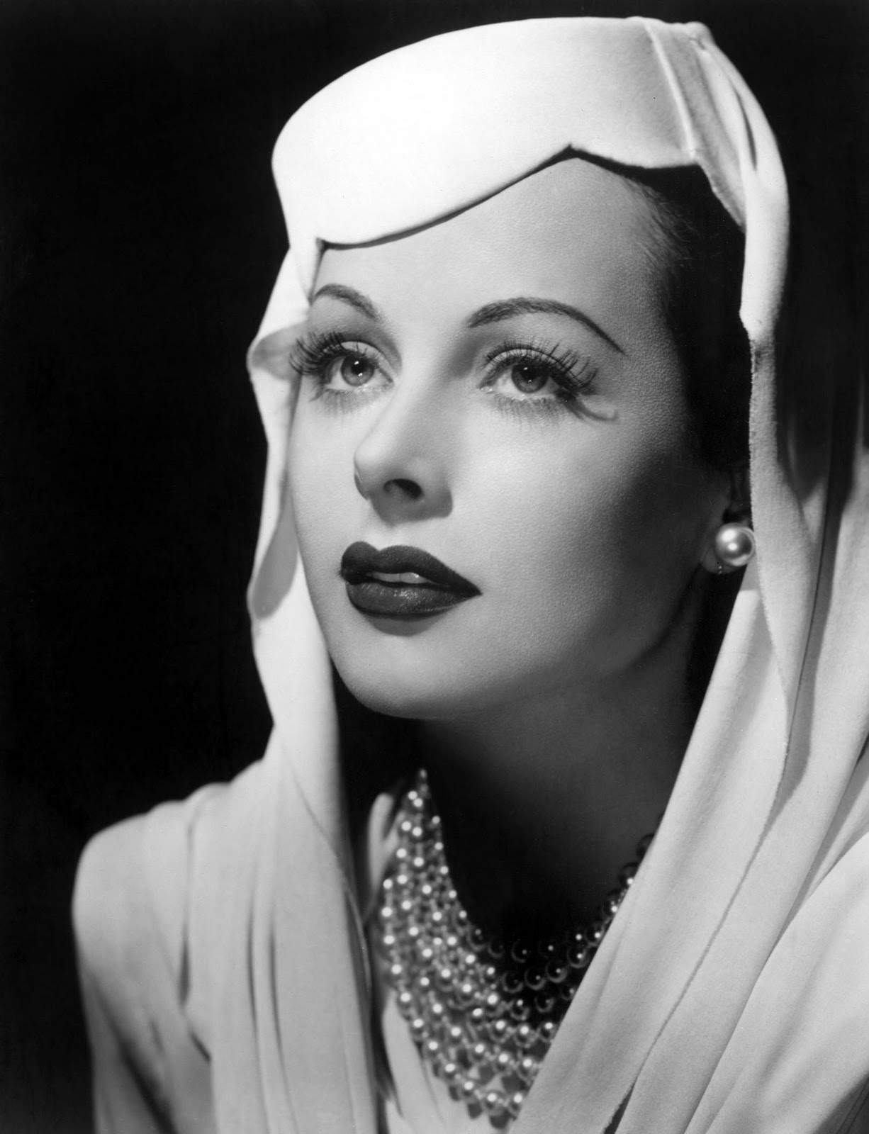 hedy lamarr Features previously unheard audio tapes of lamarr detailing her  accomplishments as an inventor hollywood star hedy lamarr (ziegfeld girl,.