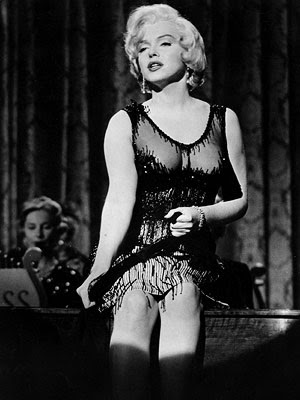 Like Some it hot marilyn monroe pictures