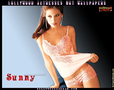 [Lollywood_Actresses_Hot_Wallpapers_BollywoodSargam_interview_780108.jpg]