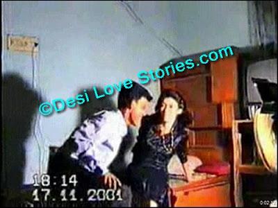 Chikni Padosan Madhu ki Jhum Jhum Chudai