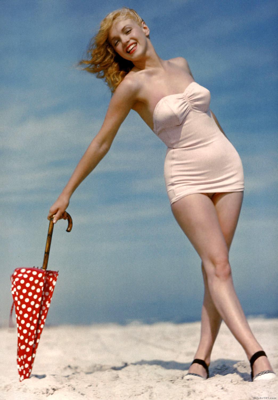 http://3.bp.blogspot.com/_ir6h9Q90O7g/TPlkw0bxOzI/AAAAAAAAAvI/qFb0wUmODAI/s1600/Marilyn_Monroe_10.jpg