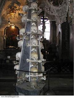 من جرائم الصليبين..كنيسة من عظام made by3.jpg