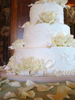 Wedding+Cake Beautiful Colorado Mountain Wedding