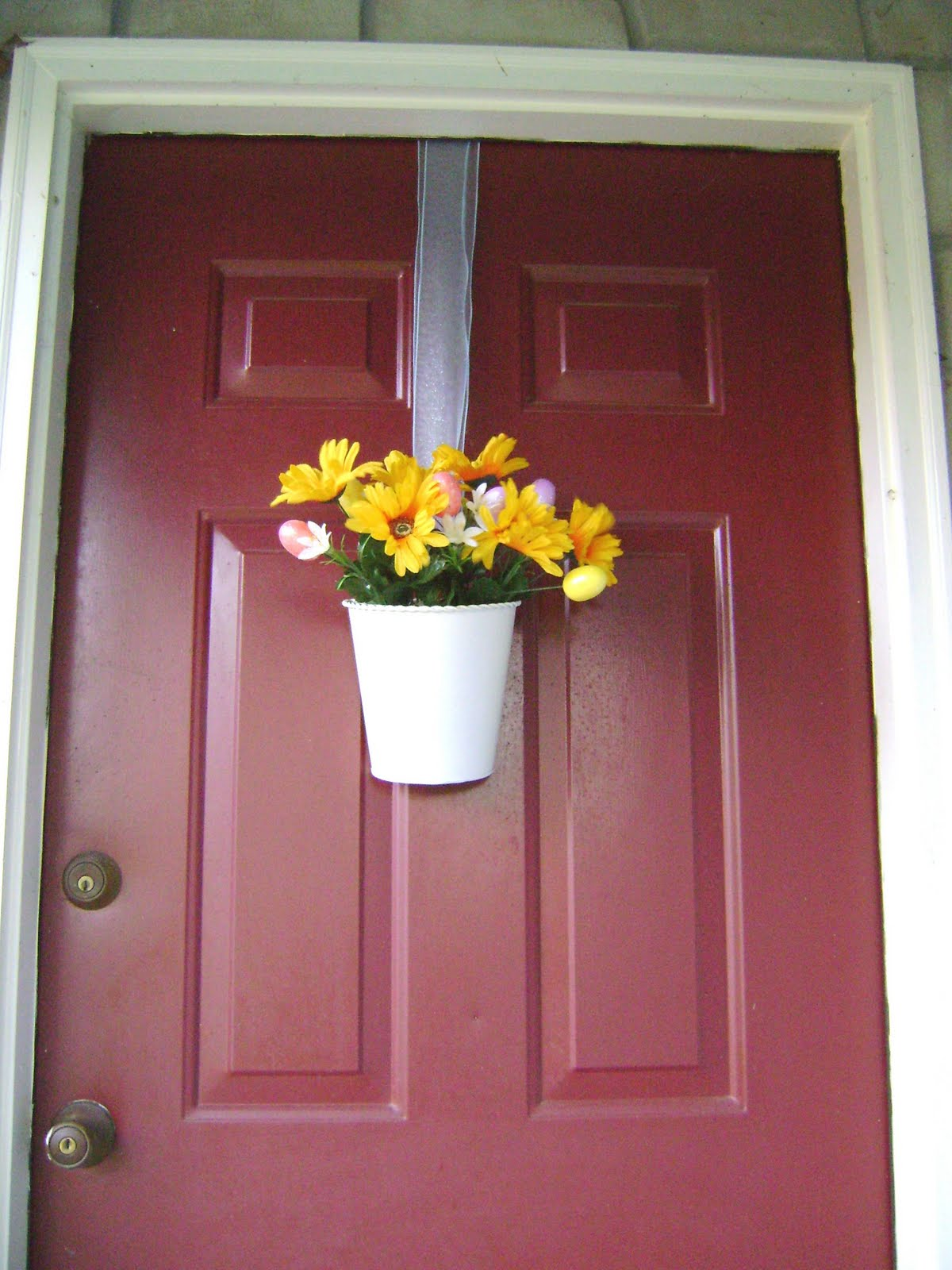 Design to Shine: Thrifty Easter Door Decor