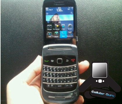 BlackBerry Clamshell 9670 Gets More Face Time; Again Shows Off OS 6