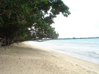 Lima Tempat Wisata di Banten Yang Berupa Pantai