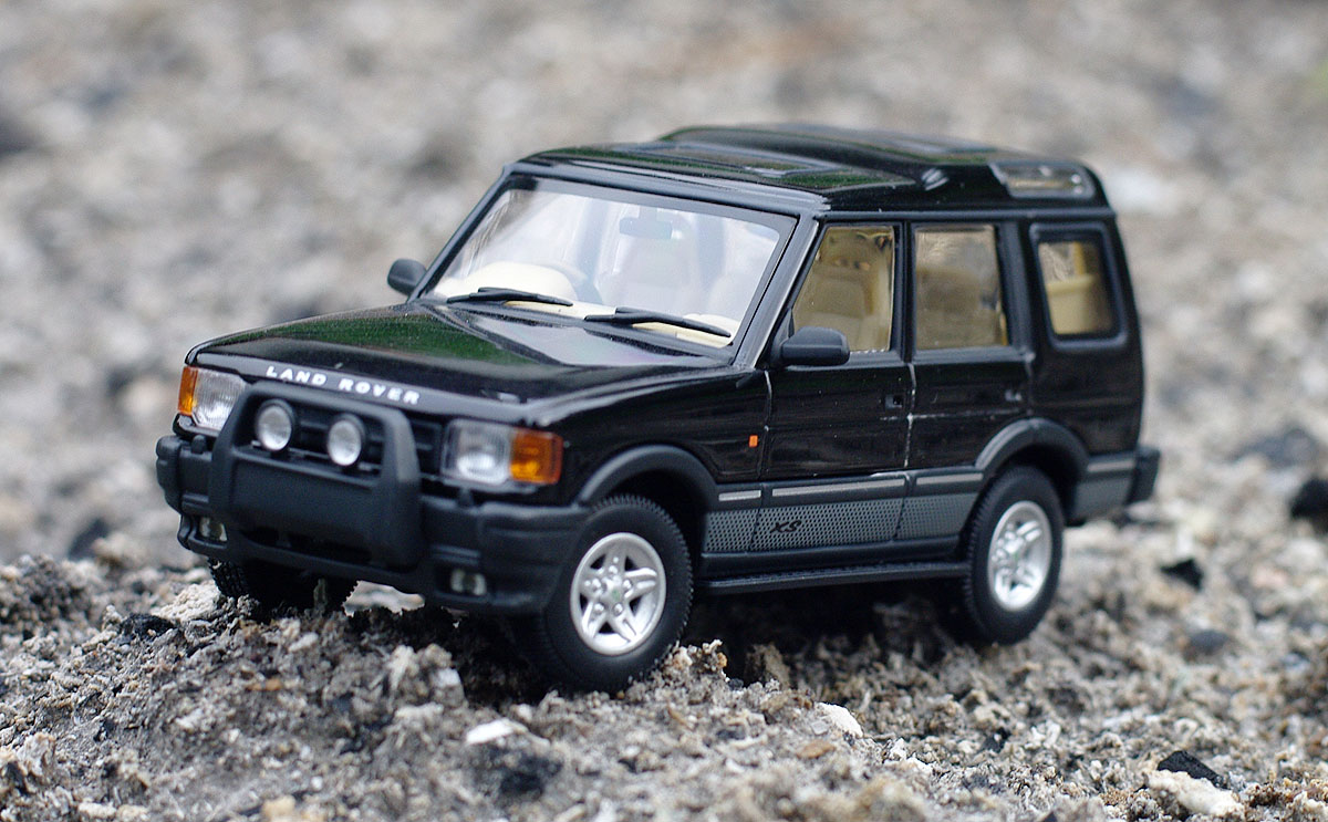 Land Rover Discovery 300 Xs V8 Scale 1 43 Autoart