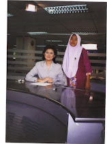 Bersama pembaca berita TV3