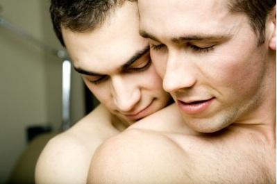 http://3.bp.blogspot.com/_iymCFlgf118/S-u0RGfpYTI/AAAAAAAAAM8/keG9mPK-A9U/s1600/gay-couple.jpg