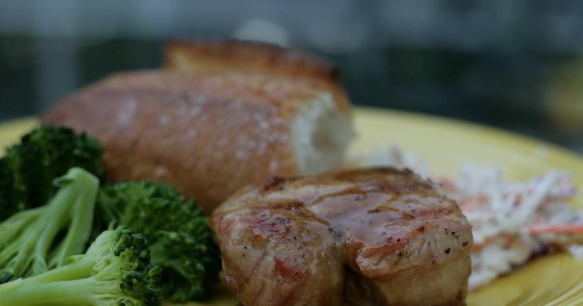 A Bluebonnet in Beantown: Grilled brown sugar pork chops