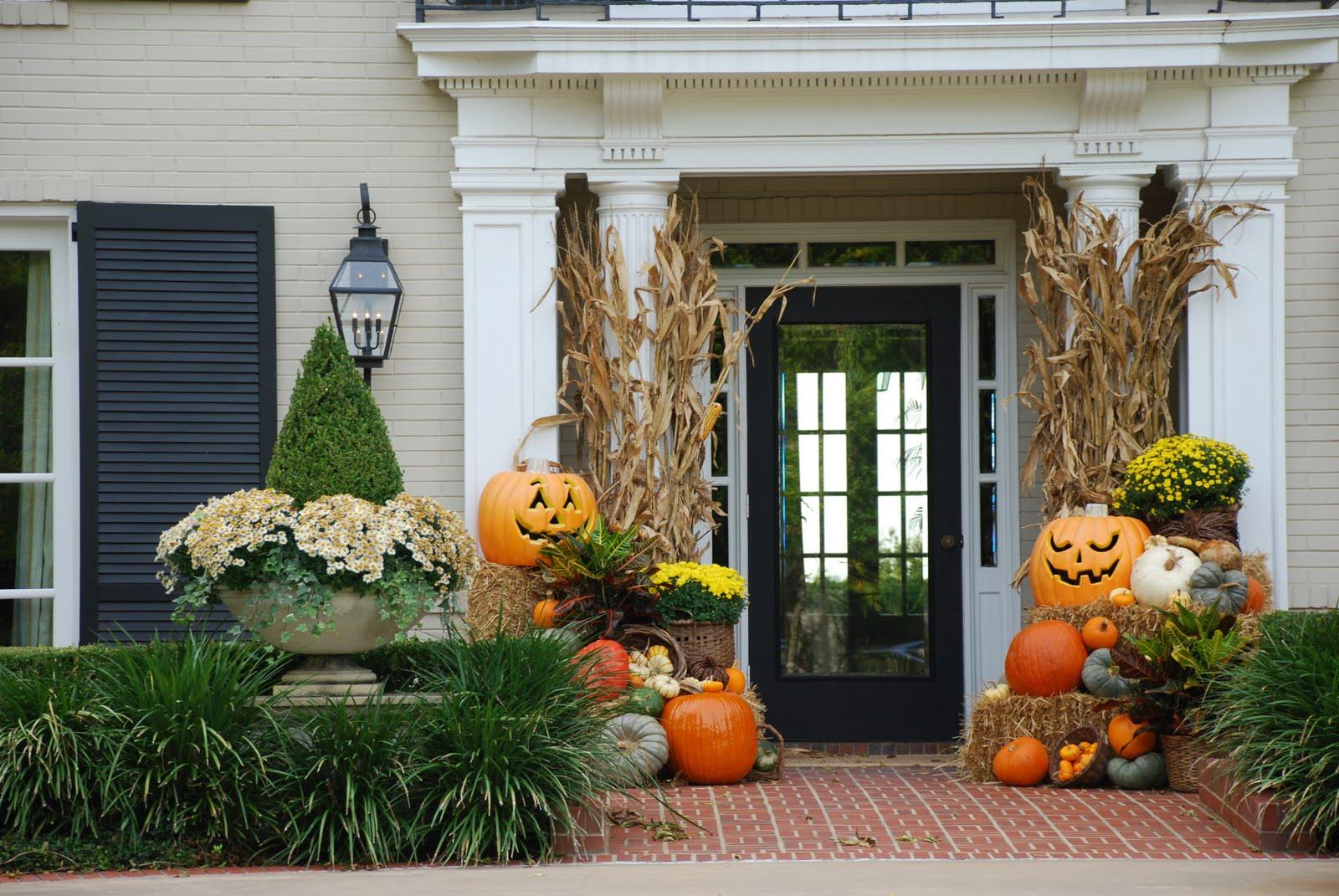 Nursery Notations Halloween Decorations in Texas