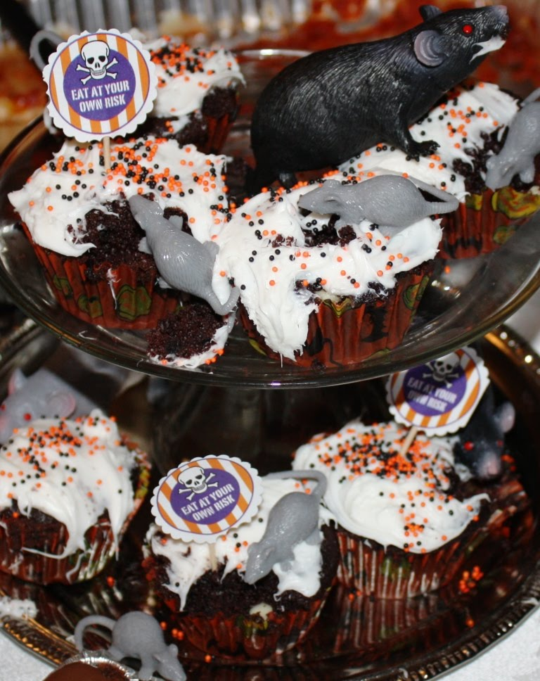 Gourmet Mom On The Go Rat Infested Cupcakes