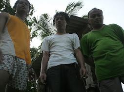 Di Pantai Mutun Lampung
