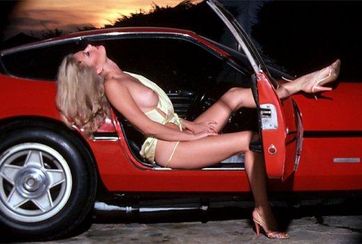 REGALO FUNDAS PARA EL CAMBIO Y FRENO DE MANO. Ferrari-girls-005