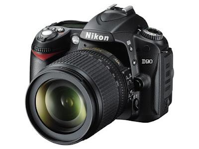 Nikon D90 kit with AF-S DX NIKKOR 18-105MM F/3.5-5.6G ED VR lens black